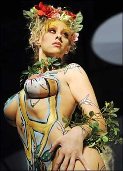 body_painting_flower_3